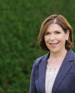 Dr Lyn Bird Principal of Selwyn House School